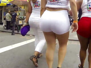 Heavy sexy ass in white shorts
