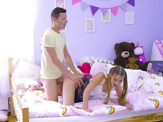Doughty teen sis likes doggy fucking concerning crazy modes