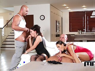 Group coitus in home foursome with two MILFs thirsty for sperm