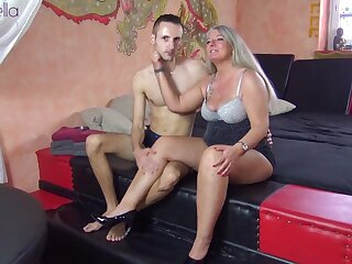 His first-ever mummy! barely legal yr elderly youthfull pipe humped me no condom!